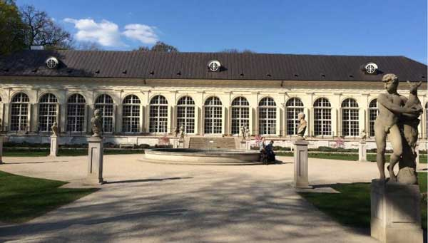 The-Old-Orangery-in-Royal:History of Warsaw Poland